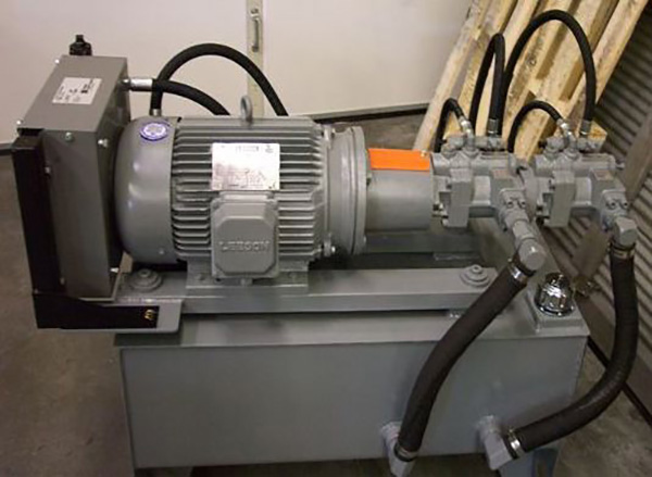 Custom Hydraulic Power Unit with Oil Cooling System